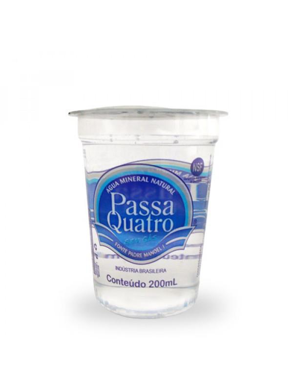 copo 200ml agua mineral passa quatro