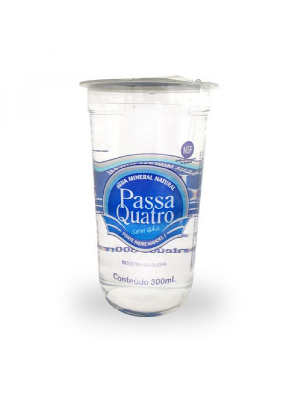 copo 300ml agua mineral passa quatro